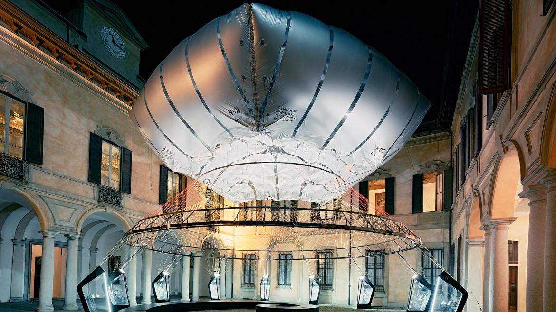 Nike Flyknit aero-static dome